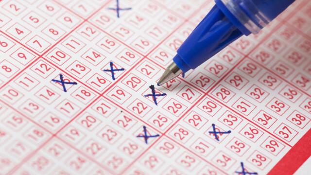 Câștig uriaș la loto, după ce a jucat aceleaşi numere timp de peste 20 de ani