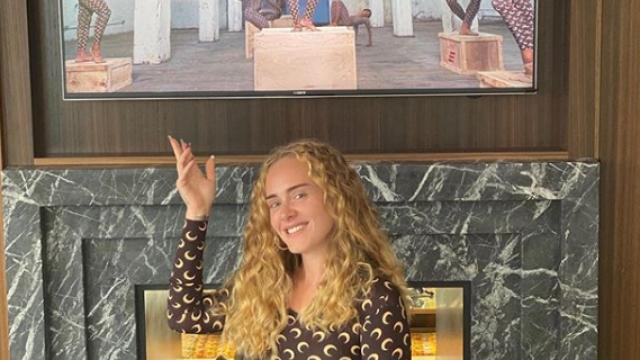 Adele și-a uimit fanii cu o nouă fotografie postată pe Instagram. Este de nerecunoscut - Imaginea 1