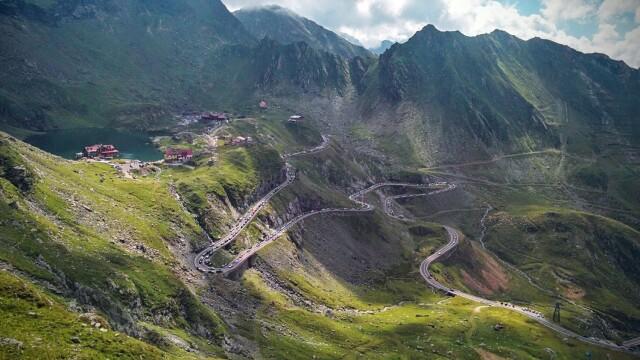 Povestea Transfăgărășanului, șoseaua construită în mai puțin de 4 ani în Munții Făgăraș - Imaginea 6