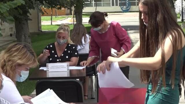 Admitere 2020. Cum au fost întâmpinați tinerii care s-au înscris la Universitatea Dunărea de Jos