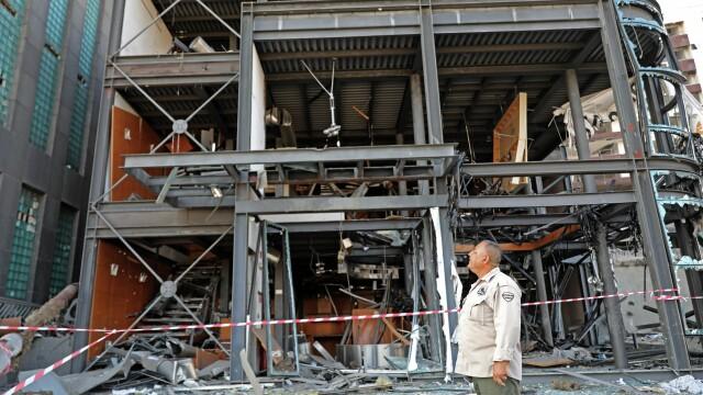 Imaginile dezastrului din Beirut. Stare de urgență în capitala Libanului după explozie. GALERIE FOTO - Imaginea 24