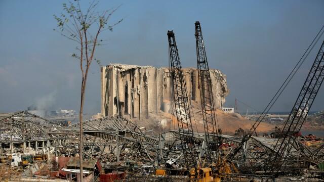 Imaginile dezastrului din Beirut. Stare de urgență în capitala Libanului după explozie. GALERIE FOTO - Imaginea 23