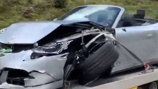 VIDEO Porsche distrus într-un accident cu un Bugatti, pe o șosea de munte. Daunele suferite de bolidul de 3,5 milioane € - Imaginea 1