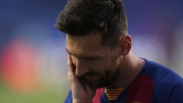 Imaginea care face înconjurul lumii. Cum a fost surprins Messi în vestiar, după dezastrul cu Bayern - Imaginea 1
