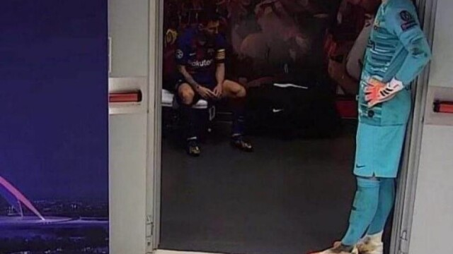 Imaginea care face înconjurul lumii. Cum a fost surprins Messi în vestiar, după dezastrul cu Bayern - Imaginea 5