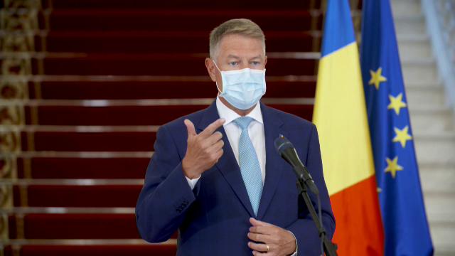 """Klaus Iohannis: """"Mergeți la vot. Dacă vom respecta măsurile, riscul infectării e redus"""" - Imaginea 2"""