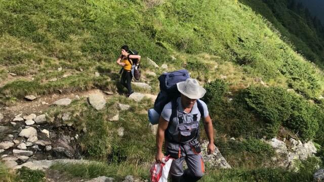 """2 zile libere de la serviciu pentru a """"vopsi pietre"""" în Munții Făgăraș - Imaginea 5"""