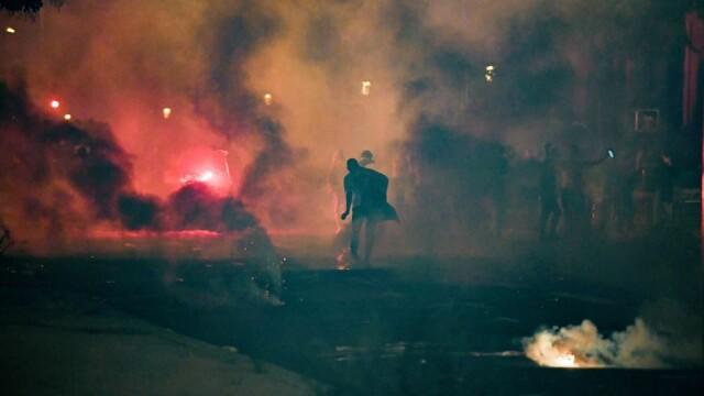 FOTO&VIDEO Violențe la Paris în timpul şi după finala Ligii Campionilor, pierdută de PSG - Imaginea 6
