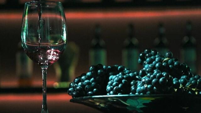 România primește bani de la UE pentru a transforma vinul în gel dezinfectat. Care sunt condițiile