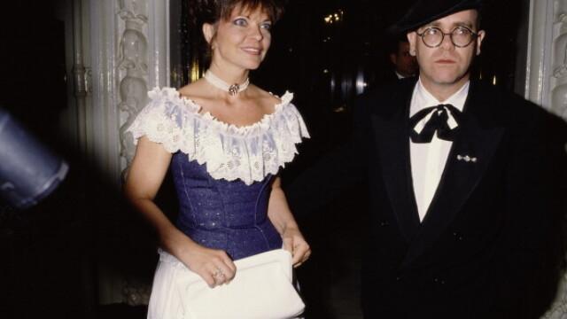 Fosta soţie a lui Elton John a încercat să se sinucidă în luna de miere din cauza lui. Ce i-a spus artistul - Imaginea 1