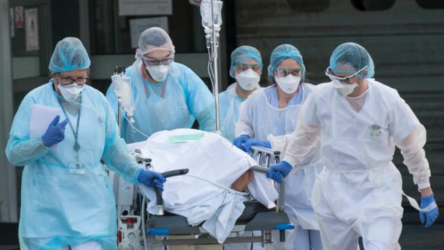 Studiu: Pacienții vindecați de Covid-19 rămân cu leziuni pulmonare după externare