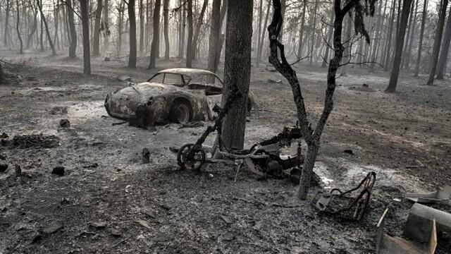 """""""Aerul era irespirabil, am crezut că murim cu uşile închise"""". Mărturia unei românce din Atena, devastată de incendii - Imaginea 2"""