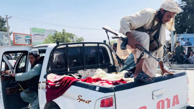 Talibanii sărbătoresc plecarea trupelor americane din Afganistan, sfârşitul unui război devastator de 20 de ani - Imaginea 10