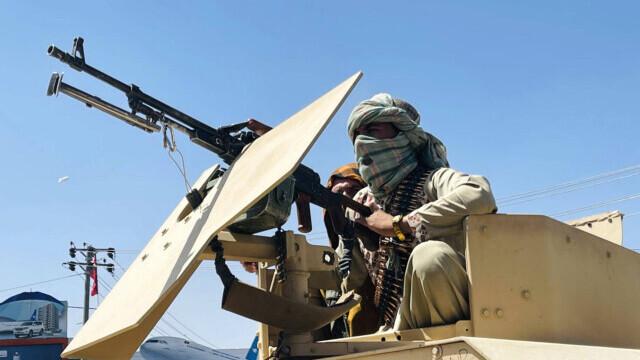 Talibanii sărbătoresc plecarea trupelor americane din Afganistan, sfârşitul unui război devastator de 20 de ani - Imaginea 12
