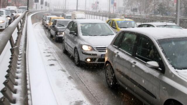 La intrarea in Capitala, traficul ar putea fi deviat. Aglomeratie pe DN1