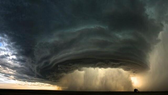 Alerta. O furtuna devastatoare ar putea lovi California.Mai rau ca un seism