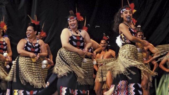 Vreti o vacanta de neuitat? Vizitati tribul maori din Noua Zeelanda