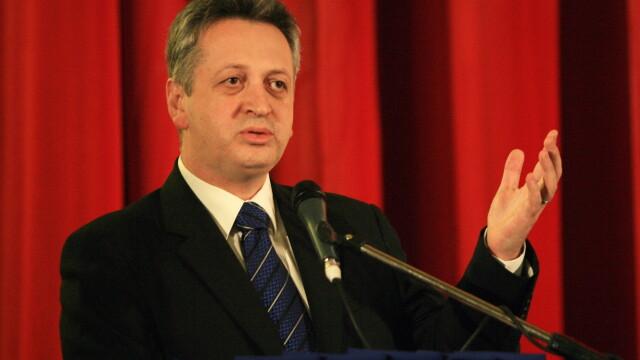 Surse: Ministrul Transporturilor, Relu Fenechiu, ar putea demisiona. Ce ministri s-ar putea schimba