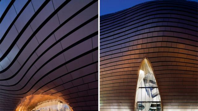 China uimeste din nou. Constructia bizara si costisitoare ridicata intr-un oras pustiu. Galerie FOTO - Imaginea 7