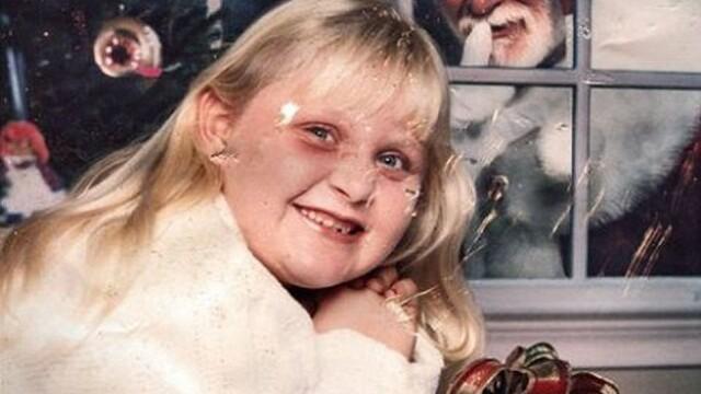 GALERIE FOTO: Sa nu faci asa ceva de Craciun. Cele mai jenante fotografii de familie - Imaginea 11