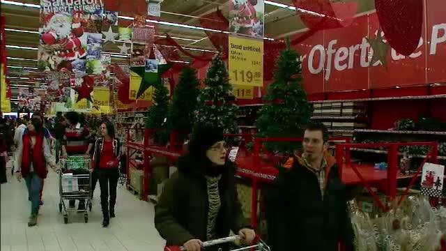 cumparaturi hipermarket