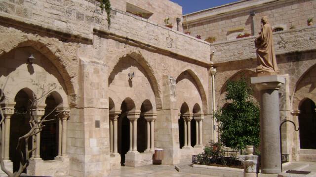 Galerie FOTO. O zi la Betleem. Drama celor care locuiesc in orasul sfant, transformat in inchisoare - Imaginea 6