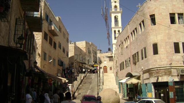 Galerie FOTO. O zi la Betleem. Drama celor care locuiesc in orasul sfant, transformat in inchisoare - Imaginea 7