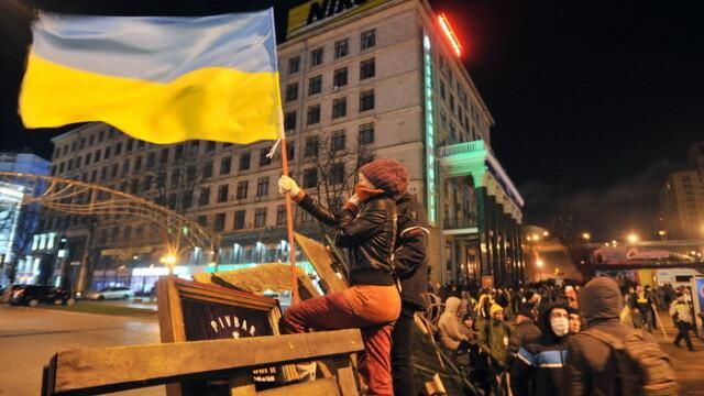 Euromaidan, revolutia care si-a luat numele de la un hashtag de pe internet. Momentele cheie ale celor 3 luni de revolte - Imaginea 4