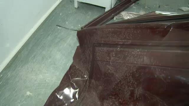O explozie puternica a distrus 25 de locuinte in Galati. Un barbat, ranit grav de usa apartamentului