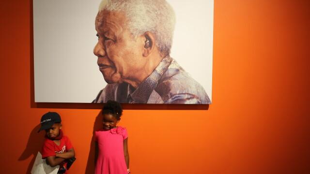 Familia fostului presedinte Nelson Mandela a rupt tacerea: \