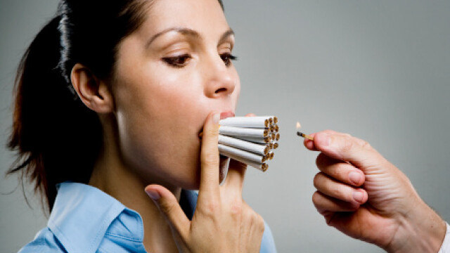Chiar si daca fumeaza numai o suta de tigari pe toata durata vietii, femeile isi cresc cu 30% riscul de a face cancer la san