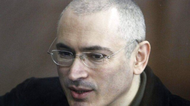 Vladimir Putin a anuntat ca il va gratia pe Mihail Hodorkovski, dupa 10 ani de detentie