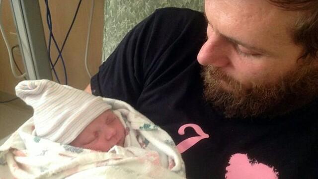 Povestea emotionanta a copilului care s-a nascut la 4 luni dupa ce mama sa a murit - Imaginea 3