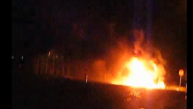 Un autocar cu romani a ars in Ungaria. Pasagerii sunt bine. Imagini de la locul incidentului