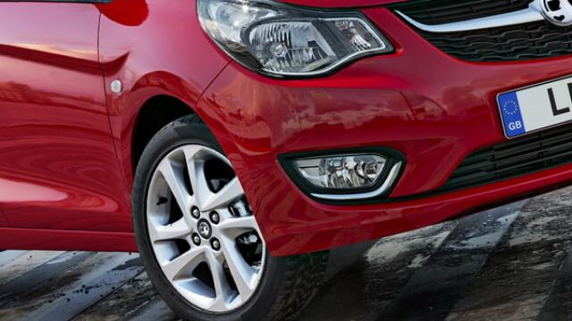 Cum arata Opelul de 10.000 euro, cu pilot automat, avertizori la parcare, volan incalzit si tapiterie din piele. GALERIE FOTO