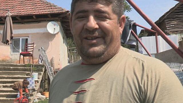 Un barbat de etnie roma afirma ca si-a facut o casa in Dolj din ajutorul social primit in Marea Britanie. \