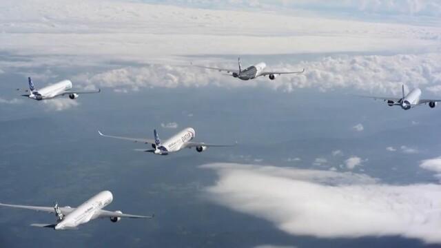 O acrobatie cum nu s-a mai vazut pana acum. 5 avioane Airbus de ultima generatie au facut cascadorii spectaculoase pe cer