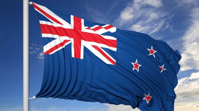 Dupa ce au cheltuit 15 milioane de euro pe referendum, neozeelandezii s-au decis pana la urma sa ramana cu actualul steag