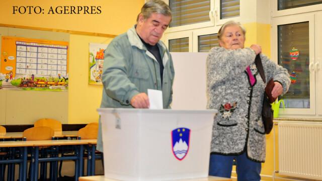 Slovenii au respins prin referendum casatoria intre persoanele de acelasi sex. Cati oameni au votat \
