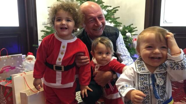 Traian Basescu si cei trei nepoti