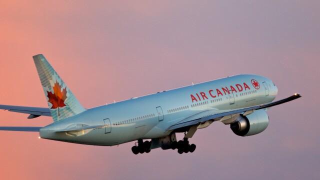 Scene de cosmar la bordul unui avion Air Canada. Marturia unui pasager, dupa o zona cu turbulente violente: \