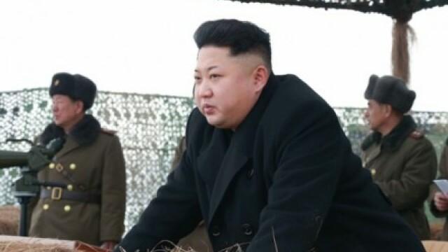 Kim Jong-Un a dirijat un vast exercitiu de artilerie care a simulat atacuri contra Seulului. \