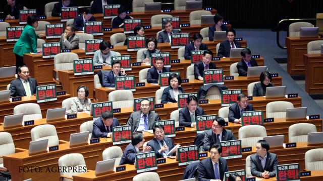 Presedintele Coreei de Sud a fost demis de Parlament. Scandalul de coruptie in care apare si compania Samsung