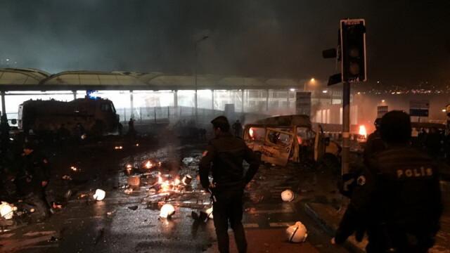 Atentat la Istanbul. Bilantul a crescut la 38 de morti si 166 de raniti, in cele doua explozii. Reactia clubului Besiktas