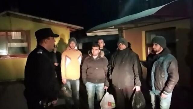 Sapte sirieni care se ascundeau in padurea de la Lucianca, Dambovita, descoperiti de jandarmi
