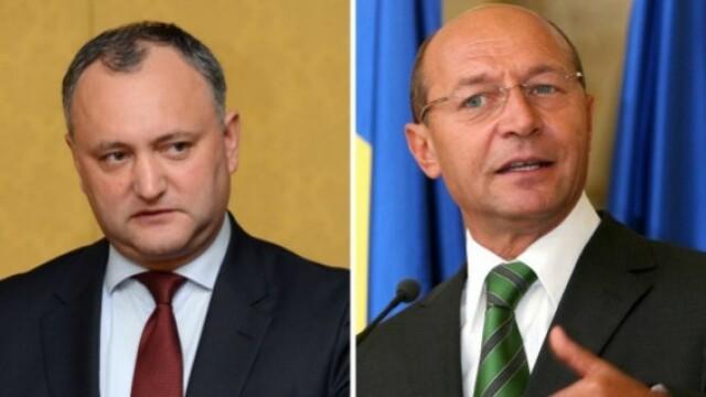 Dodon spune ca pana la Anul Nou ii va retrage cetatenia moldoveneasca lui Basescu. \