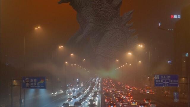 China se sufoca intr-un nor de poluare. Atmosfera ii face pe oameni sa se simta ca intr-o \