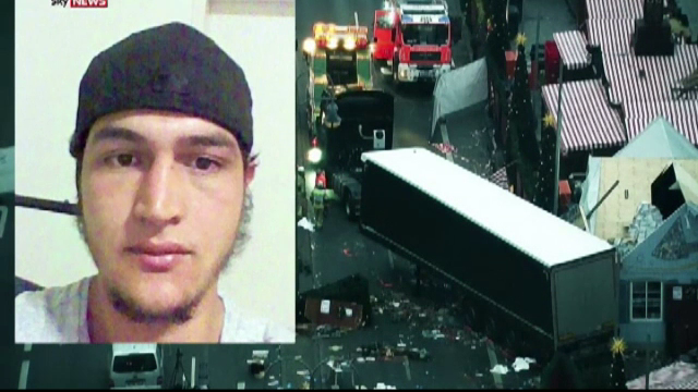 Atentat in Berlin. Amprentele lui Anis Amri, gasite in camionul mortii: \