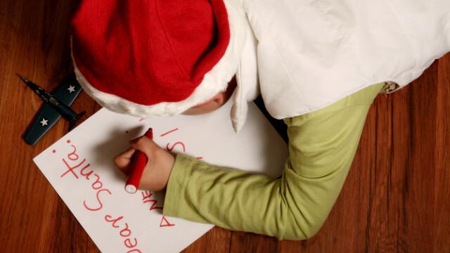 Scrisoarea emoționantă a unui copil nevoiaș. Ce îi cere lui Moș Crăciun