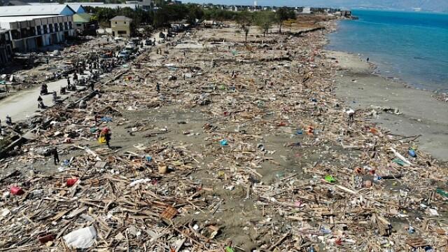 Indonezia, lovită de un tsunami devastator. Cel puțin 222 de morți și 843 de răniți - Imaginea 1